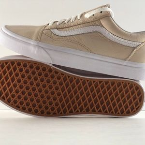 Vans Old Skool Leather Sand Dollar Shoes NWT